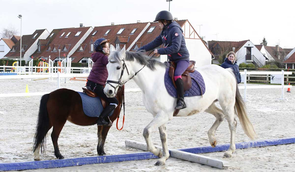 cours jeu à cheval